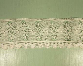 Spider Web Lace Trim - Vintage 2 Inch Off White