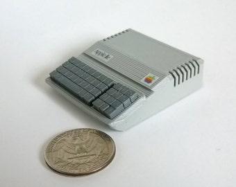 Mini Apple IIe Platinum computer - 3D printed!