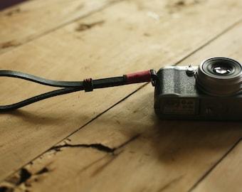 RED top Thickened leather 8mm dark Handmade camera wrist strap