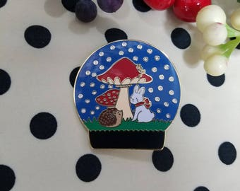 Snow Globe Enamel Pin