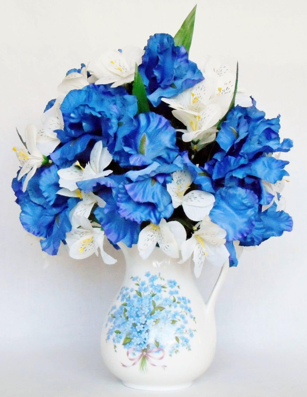 Silk flower arrangement blue iris cream alstroemeria zoom izmirmasajfo