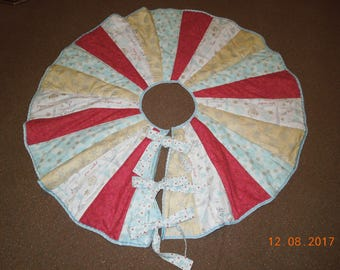 Christmas tree skirt, handmade,quilted, ice blue/gold/red/white
