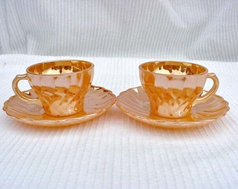 Fire King set of 2 Tea Cups and Saucers Home and Garden Kitchen and Dining Tableware Drinkware Coffee and Tea Cups
