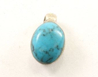 Vintage Turquoise Oval Pendant 925 Sterling Silver PD 2324