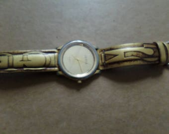 Vintage 1980s GUESS Watch