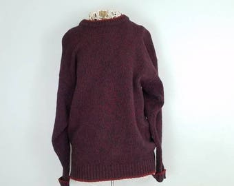 Vintage Woolrich sweater, soft wool in sweet maroon, navy, and green. Great condition!