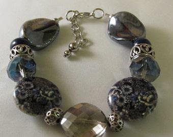 Flowers on The Beads Beaded Bracelet