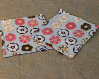 Donuts Make Me Go Nuts - Lap blanket for guinea pigs, hedgehogs, rabbits...