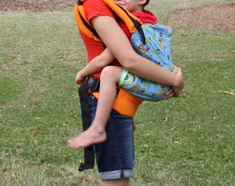 Cocoon Soft Structured Carrier Large 12-23kg, Toddler Carrier, Geeky Carrier, Geeky Baby, SSC, Buckled Baby Carrier