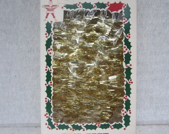 Vintage Twinkle Twirl Gold Tinsel Spiral Garland Holly Brand