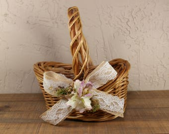 Wedding Flower Girl Basket / Rustic Flower Girl Basket / Flower Girl Basket /