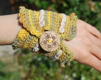 Crochet Cuff / Bracelet / Bangle
