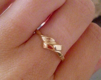 SALE! 14k gold filled ring, geometric ring, abstract ring, minimalist ring, minimal boho,everyday ring, simple slim ring