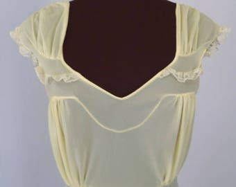 Vintage 50's 60's Nightgown Pastel Yellow Nylon with Lace Trim Size 32 / X-Small