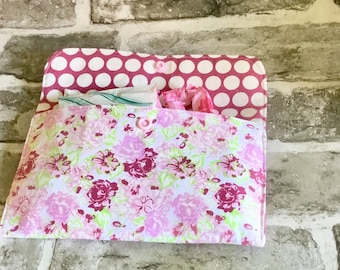 Tampon pouch, sanitary pad holder, teen gift, discreet pouch, panty liner holder, tampon case, fabric pouch, period pouch, sanitary case