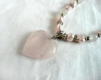 Pink quartz bead bracelet - quartz heart bracelet - quartz and freshwater pearl bracelet - pink stretch bracelet