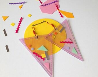 Clear earrings - transparent earrings - iridescent earrings - 80's 90's earrings - festival party jewelry - geometric holographic earrings