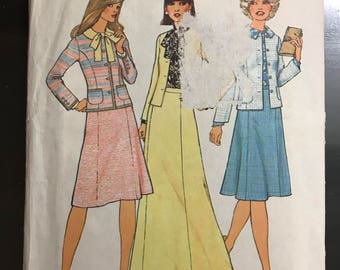 Simplicity 7394 - 1970s Princess Seamed Jacket, Blouse, and A-Line Skirt in Knee or Maxi Length - Size 14 Bust 36
