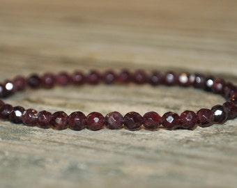 Base Chakra Mala, Garnet, Root Chakra, First Chakra, Gemstone Therapy, Crystal Healing, Yoga Bracelet, Meditation Bracelet, Reiki, Wish