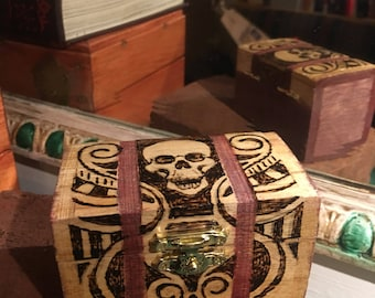 Nine is this fine and snazzy skull box