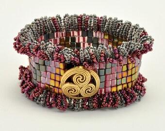 Tutorial Bead Jewelry Making PDF Pattern, Cuff Bracelet, Square Stitch