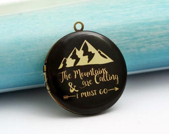 mountains are calling explorer round antique bronze locket 32mm (LD251)