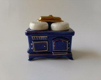 Vintage blue and gold wood burning stove salt and pepper shaker