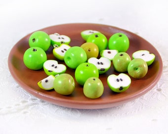 6 PCS Apples beads / charms  - Polymer clay beads - For making jewelry - Fruit bead - Fruit beads