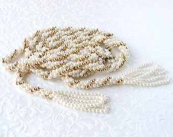 65 Inch Long Flapper Sautoir Boho Chic White Wedding Tassel Necklace Crochet Pearl Gold Bead Beaded Lariat 20s Style Vintage Costume Jewelry