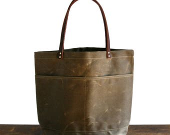 Brown Large Everyday Tote, Waxed Canvas Bag, Waxed Canvas Tote, Canvas Tote Bag, Carry All, Everyday Carry Bag, Simple Tote