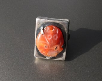 Antique Carved Agate Sterling Silver Art Deco Ring - 2 Monkeys - US Size 6 1/4 - 6 1/2