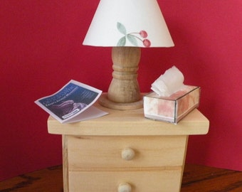 Barbie End Table,  Lamp &  Free Mini Tissue Box and Magazine