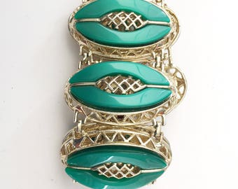 Vintage Chunky Green Lucite and Gold Bracelet
