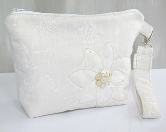 Wedding Handbags for Brides, Ivory Wedding Purse, Brides Handbag, Wedding Clutch, Bridal Clutch, Bridal Purse, Bride Purse, Wedding Bags