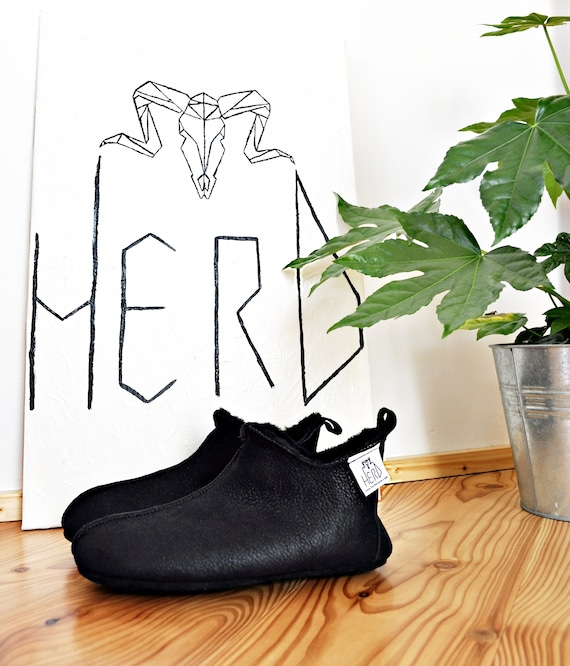 Black Leather Slippers. Genuine Leather Slippers. Sheepskin Slippers. Women's Shoes. Women's Sheepskin Slippers. Natural Leather Slippers.