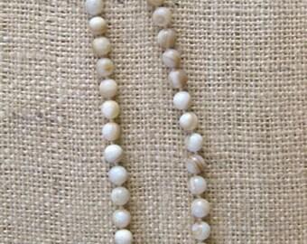 LES BERNARD Vintage Agate Stone Necklace.