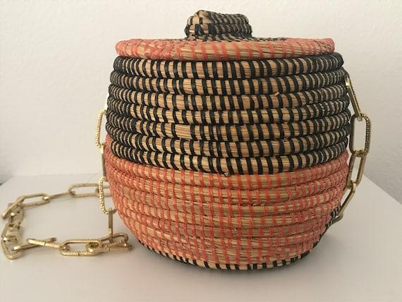 Vintage straw shoulder bag    vintage rope bag   vintage festival bag   summer bag   extraordinary bag