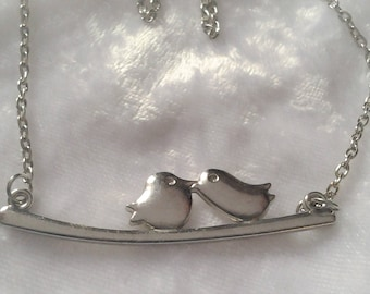 Vintage Silver Kissing Birds on Perch Necklace