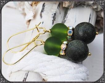 Earrings Märzblatt gold
