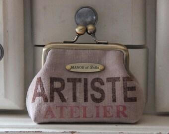 """Artist"" workshop beige metal frame coin purse"
