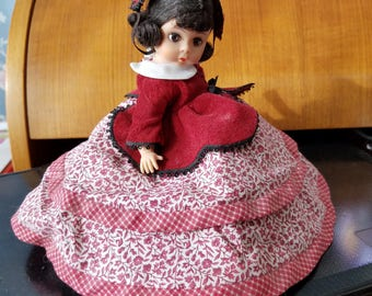 Madame Alexander Marme Miniature Little Women Series Showcase Doll