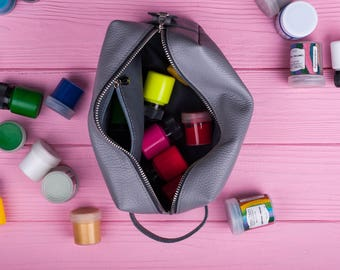 Toiletry bag Bridal case Makeup bag Leather makeup bag Makeup organizer Makeup storage Leather makeup case Bridesmaid gift Gift for women