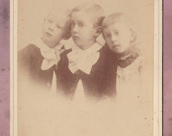 Antique photo, Identified children cabinet card, Odd, late 1800s/early 1900s, Trenton New Jersey, siblings, family, ruffles, creepy