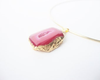 Necklace Choker gold plated pendant fuchsia agate and gold jewelry pieces of fancy
