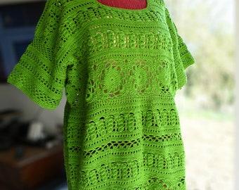 T-shirt crocheted green size 40 - 44