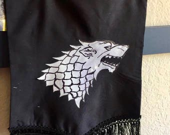 Le Stark Banner - Dyre Wolf Inspired by HBO's Game of Thrones