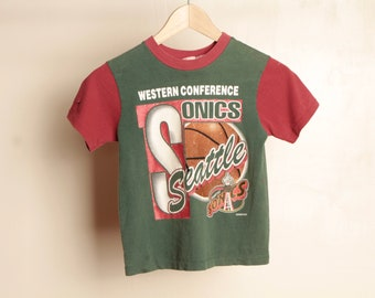 vintage SEATTLE SUPERSONICS gary payton era 90s size 7 color block vintage basketball t-shirt top