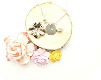 Personalised Flower Necklace - Custom Flower Necklace, Custom Initial Necklace, Gift Idea for Her, Nature Lovers Gift, Custom Jewellery