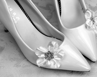 White Flower Shoe Clips, White Wedding Shoe Clips, White Flowers for Wedding Shoes