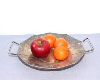 Metal fruit platter Vintage serving tray Rustic fruit bowl with handles Rustic farmhouse kitchen decor Round metal platter